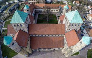 Foto von der Michaeliskirche in Hildesheim